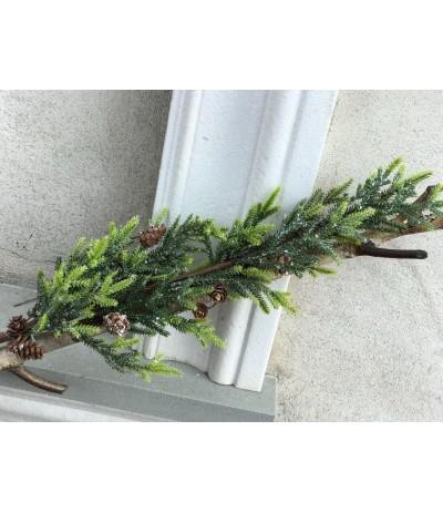 Sztuczna gałązka  zimowa zielona