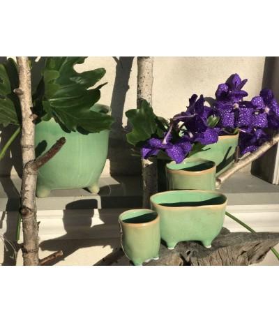 D.P.Osłonka ceramiczna na nóżkach  Figaro