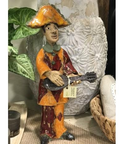 B.Figura ceramiczna Mężczyzna z gitarą