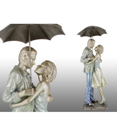 H.Figurka Para zakochanych pod parasolką
