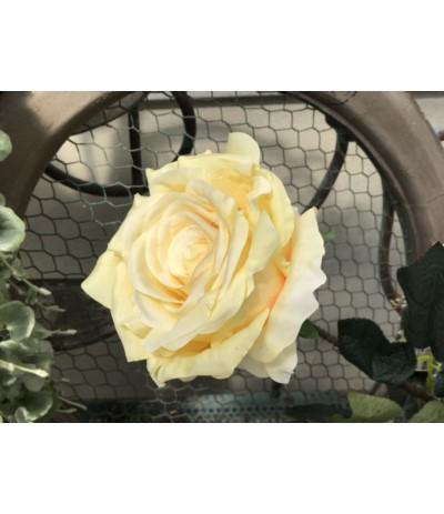 V.Róża sztuczna krem