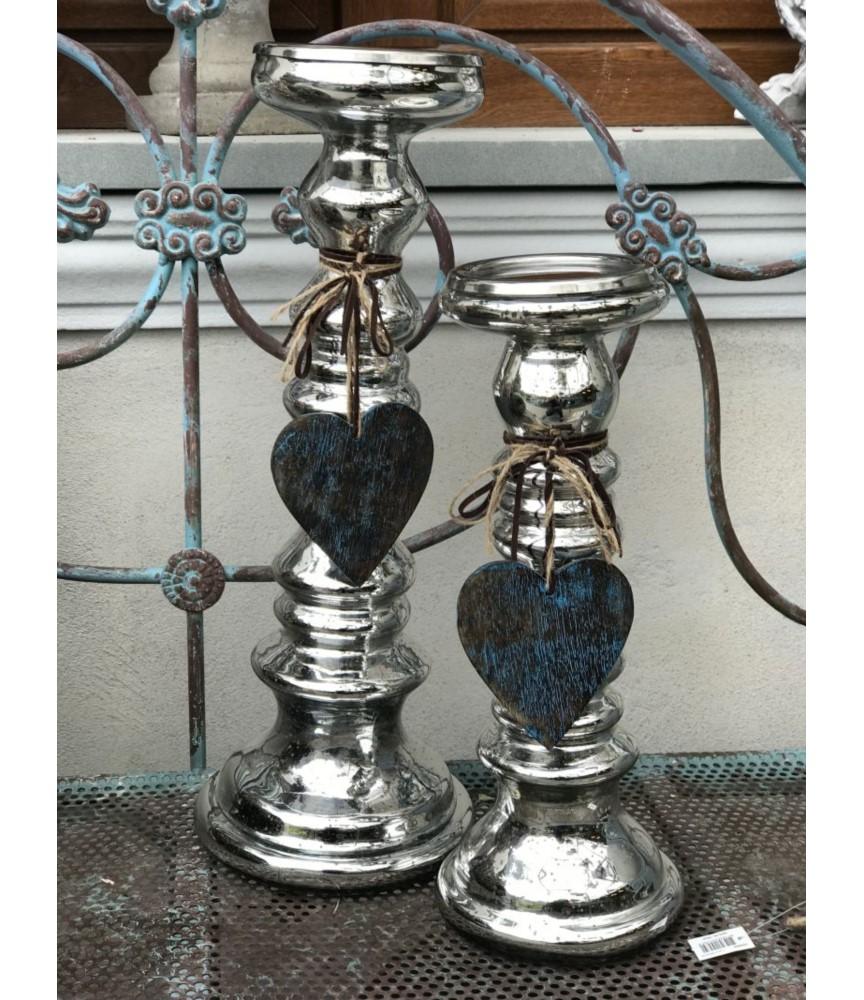 Świecznik szklany z sercem